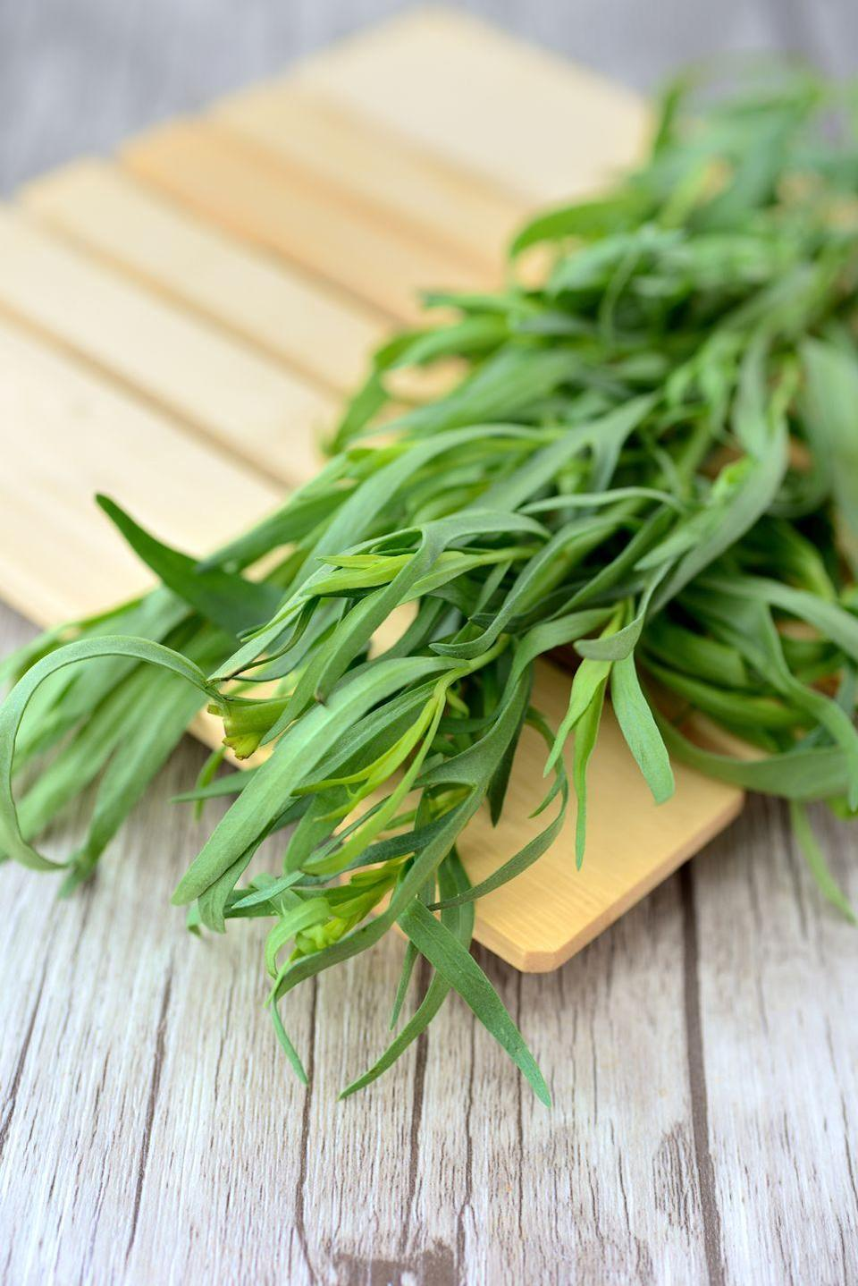 """<p>The delicate blade-like foliage of Russian tarragon can be used dried or fresh in egg, fish, or meat dishes. Its flavor is milder than French tarragon, and is extremely cold-hardy because it originated in Siberia!</p><p><a class=""""link rapid-noclick-resp"""" href=""""https://ferrymorse.com/products/tarragon"""" rel=""""nofollow noopener"""" target=""""_blank"""" data-ylk=""""slk:SHOP NOW"""">SHOP NOW</a></p>"""