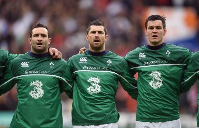 Rob Kearney, centre, and younger brother Dave Kearney, left, with Johnny Sexton during the 2016 Six Nations