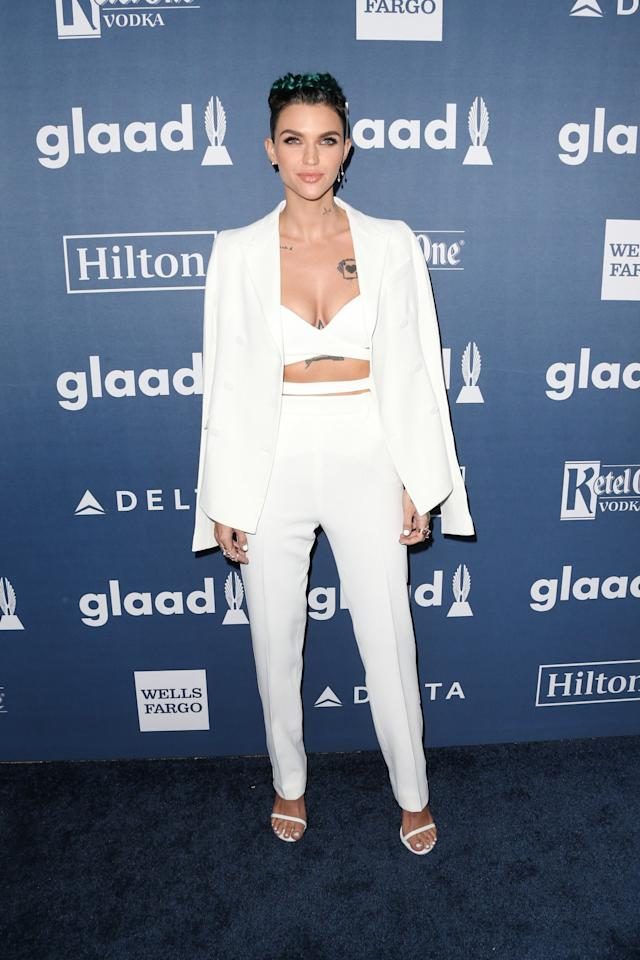 <p>We don't know what we love more the all-white outfit or Ruby's green hair. [Photo: Getty] </p>