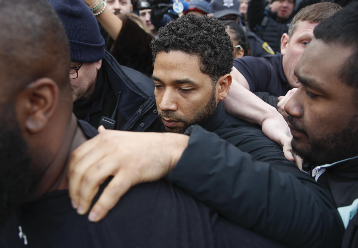 Jussie Smollett leaves Cook County Jail in Chicago following his release, Feb. 21, 2019. (Photo: Kamil Krzaczynski/AP)
