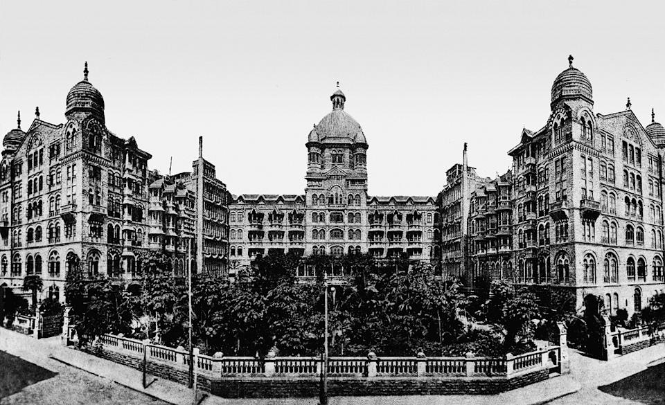 The Taj Mahal Palace, Mumbai opened with 30 private suites-cum- apartments, 350 double and single rooms, electric lights, fans, bells and clocks and 4 electric passenger lifts - true luxury at the turn of the 20th century