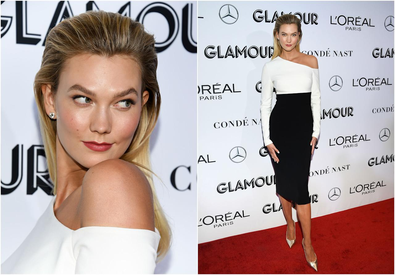 <p>No recogió ningún premio, pero Karlie Kloss fue la invitada más elegante de los Glamour Women of the Year Awards (GlamourWOTY) gracias a un vestido bicolor de Brandon Maxwell. (Foto: Gtres). </p>