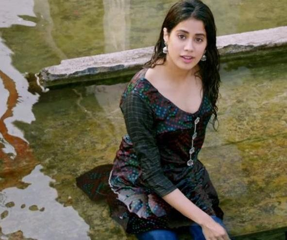 Much like Ananya, Janhvi Kapoor had become the talk of the town much before she dipped her toes in B'town waters. Guess, that's a given when you are daughter to a superstar like Sridevi and the internet gives the world an easy access to you. Janhvi had a star power attached to her, even when she had not become one. Giving her a launchpad was a safe bet for the filmmaker notorious for advancing nepotism. Hence, happened <em>Dhadak</em>.