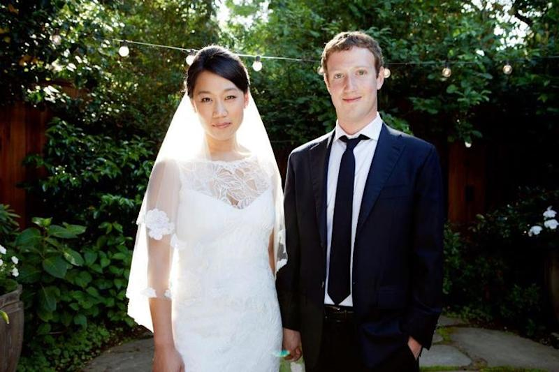 Mark Zuckerberg: Facts About Facebook Founder's Net Worth, House and Wife on His 30th Birthday