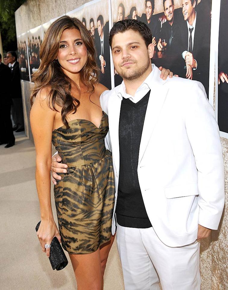 "Jerry Ferrara and Jamie-Lynn Sigler fell in love on the ""Entourage"" set while their characters were busy falling in love on-screen. Unfortunately, life imitated art once again for the couple, who recently split due to their busy careers, just as their characters did in the recent season finale of the HBO series. John Shearer/<a href=""http://www.wireimage.com"" target=""new"">WireImage.com</a> - July 9, 2009"