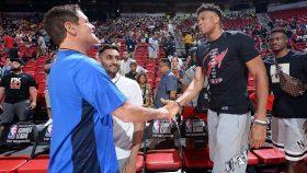 Mavericks owner Mark Cuban and Bucks star Giannis Antetokounmpo