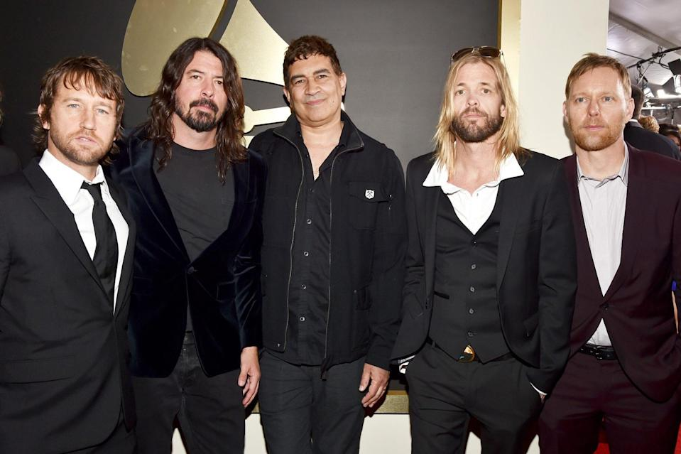 Chris Shiflett, Dave Grohl, Pat Smear, Taylor Hawkins and Nate Mendel of Foo Fighters