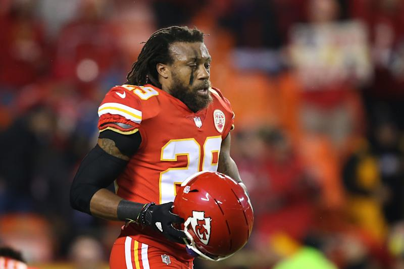 Chiefs release oft-injured Berry after 8 seasons