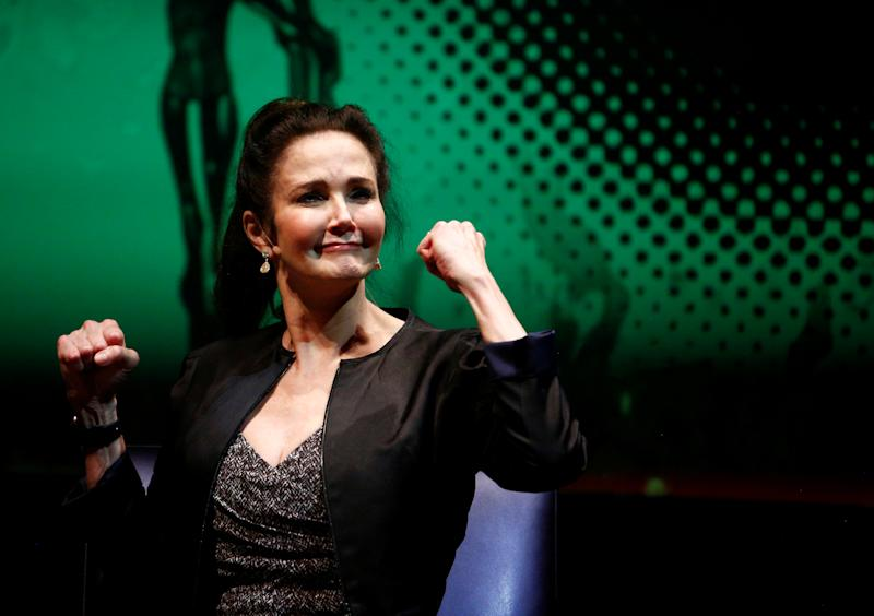 Lynda Carter (pictured in 2017) is showing Rep. Alexandria Ocasio-Cortez some love. (Photo: REUTERS/Eric Thayer)