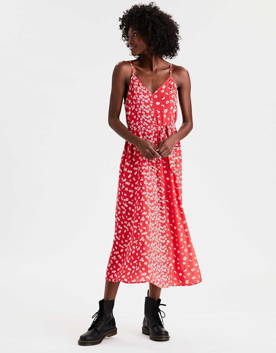 """<h3><a href=""""https://www.ae.com/us/en/p/women/midi-maxi-dresses/midi-dresses/ae-floral-print-midi-slip-dress/0395_5023_600"""" rel=""""nofollow noopener"""" target=""""_blank"""" data-ylk=""""slk:Aerie Floral Print Midi Slip Dress"""" class=""""link rapid-noclick-resp"""">Aerie Floral Print Midi Slip Dress</a></h3><br><strong><em>The Perfect 10</em></strong><br><br>Reviewers were evangelical in their praise for this ditsy-floral Aerie creation. It gets straight As in all subjects, from from pattern and fit to price and curb appeal.<br><br><strong>The Hype:</strong> 4.5 out of 5 stars, 29 reviews on AE.com<br><br><strong>What They're Saying: </strong>""""10-star dress, cut and style. Just beautiful. AE just nailed everything about this dress. Fit perfect, love the color and cut, and the price was right. Can't wait to wear it with sneakers all summer. Need more vibrant colors."""" — Jewel, <a href=""""https://www.ae.com/us/en/p/women/midi-maxi-dresses/midi-dresses/ae-floral-print-midi-slip-dress/0395_5023_600"""" rel=""""nofollow noopener"""" target=""""_blank"""" data-ylk=""""slk:AE.com"""" class=""""link rapid-noclick-resp"""">AE.com</a> reviewer<br><br><strong>AE</strong> Floral Print Midi Slip Dress, $, available at <a href=""""https://go.skimresources.com/?id=30283X879131&url=https%3A%2F%2Fwww.ae.com%2Fus%2Fen%2Fp%2Fwomen%2Fmidi-maxi-dresses%2Fmidi-dresses%2Fae-floral-print-midi-slip-dress%2F0395_5023_600%3F"""" rel=""""nofollow noopener"""" target=""""_blank"""" data-ylk=""""slk:American Eagle Outfitters"""" class=""""link rapid-noclick-resp"""">American Eagle Outfitters</a>"""