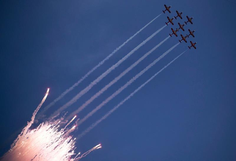 Ejection seat tangled with parachute in Snowbirds crash: Investigators
