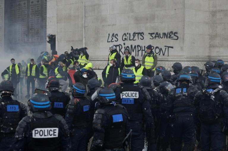 17 to stand trial over 'yellow vest' rampage at Arc de Triomphe