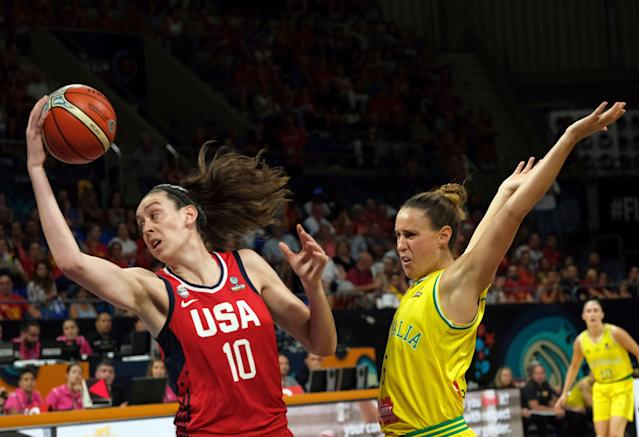 "<a class=""link rapid-noclick-resp"" href=""/wnba/players/5625/"" data-ylk=""slk:Breanna Stewart"">Breanna Stewart</a> (left) suffered a leg injury Sunday while playing in the EuroLeague. (AP Photo)"