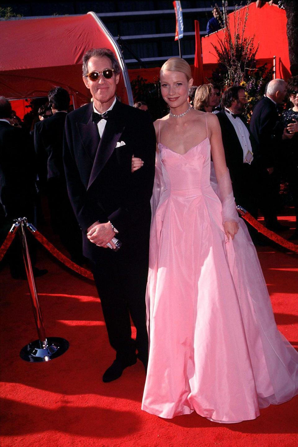 <p>This pink Ralph Lauren dress will go down in history as an Oscars classic.</p>