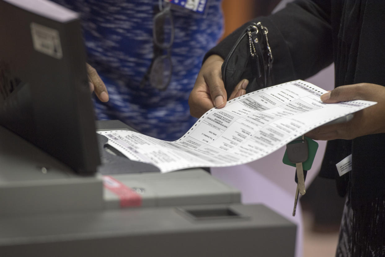 Voters submit their ballots at the Washington Seniors Wellness Center on Nov. 4, 2016, in Washington, D.C. (Photo: Marvin Joseph/The Washington Post)