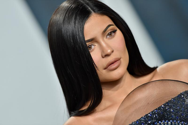 BEVERLY HILLS, CALIFORNIA - FEBRUARY 09: Kylie Jenner attends the 2020 Vanity Fair Oscar Party hosted by Radhika Jones at Wallis Annenberg Center for the Performing Arts on February 09, 2020 in Beverly Hills, California. (Photo by Axelle/Bauer-Griffin/FilmMagic)