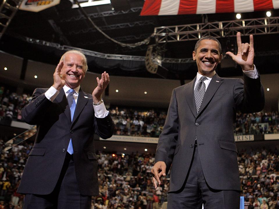 Biden obama 2008 devil horns