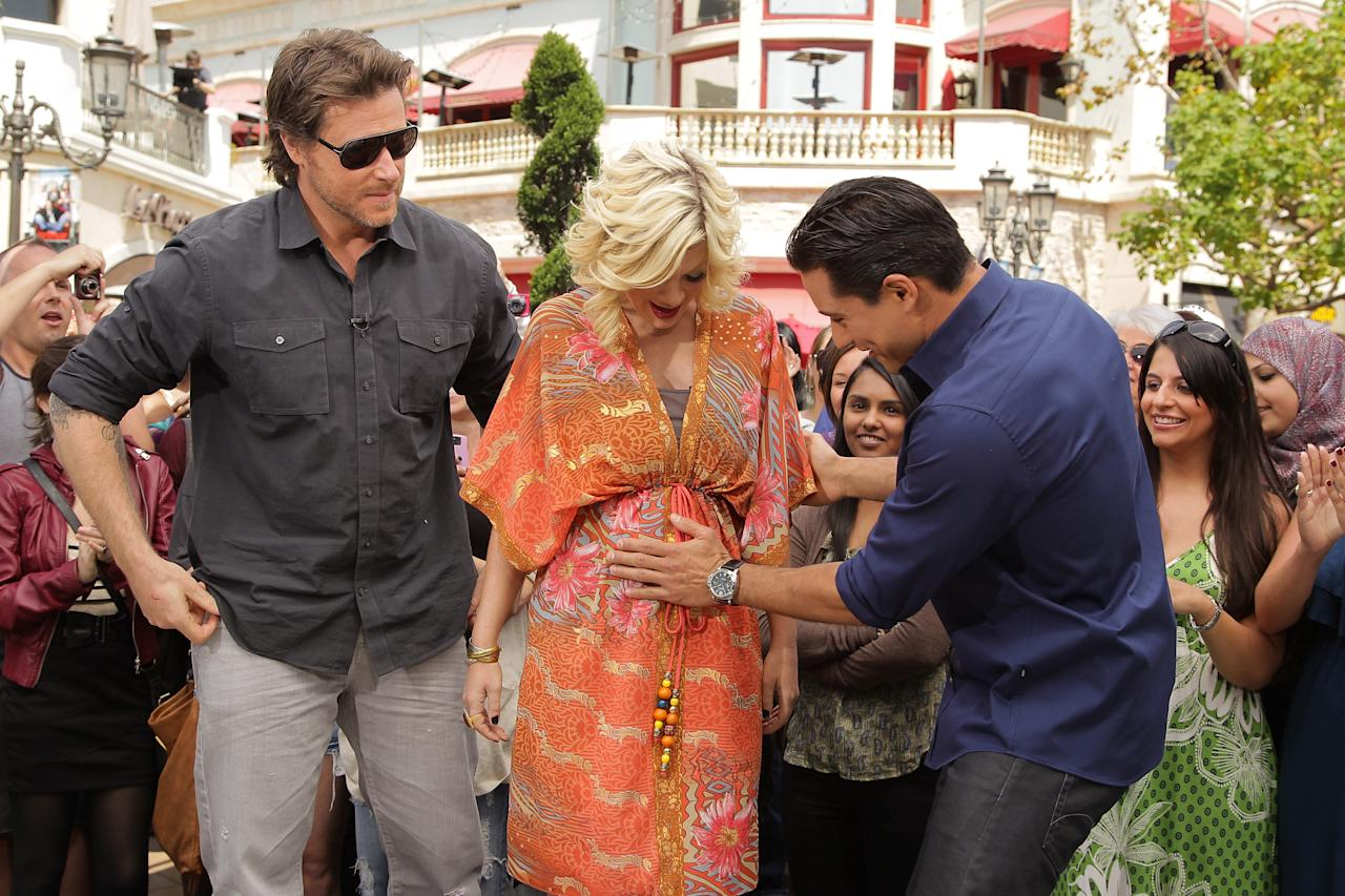 "As hubby Dean McDermott looked on, expectant mom Tori Spelling even let Mario touch her baby bump! Noel Vasquez/<a href=""http://www.gettyimages.com/"" target=""new"">GettyImages.com</a> - April 13, 2011"