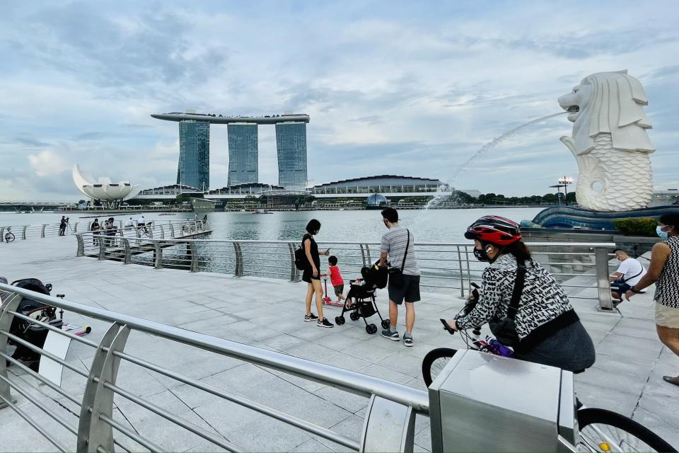People seen at Merlion Park on 13 August. (PHOTO: Dhany Osman / Yahoo News Singapore)