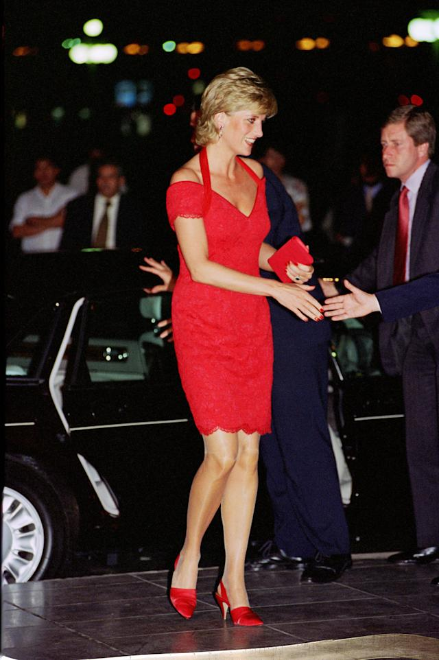 "<p>This post-split red dress by designer Catherine Walker screams, ""Moving on without you!"" (Photo: Tim Graham/Getty Images) <br></p>"