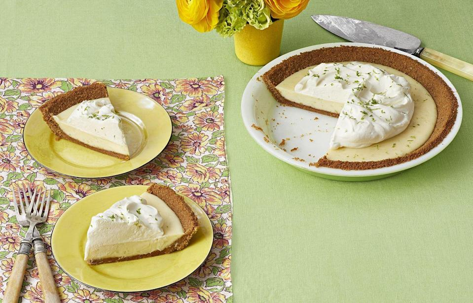 """<p>Cool Key lime filling, a buttery graham cracker crust, and a dollop of homemade whipped cream is the definition of perfection.</p><p><strong><a href=""""https://www.thepioneerwoman.com/food-cooking/recipes/a32972780/classic-key-lime-pie-recipe/"""" rel=""""nofollow noopener"""" target=""""_blank"""" data-ylk=""""slk:Get the recipe."""" class=""""link rapid-noclick-resp"""">Get the recipe.</a></strong></p><p><strong><a class=""""link rapid-noclick-resp"""" href=""""https://go.redirectingat.com?id=74968X1596630&url=https%3A%2F%2Fwww.walmart.com%2Fip%2FThe-Pioneer-Woman-Blooming-Bouquet-9-Inch-Pie-Pan%2F817395283&sref=https%3A%2F%2Fwww.thepioneerwoman.com%2Ffood-cooking%2Fmeals-menus%2Fg32109085%2Ffourth-of-july-desserts%2F"""" rel=""""nofollow noopener"""" target=""""_blank"""" data-ylk=""""slk:SHOP PIE PLATES"""">SHOP PIE PLATES</a><br></strong></p>"""
