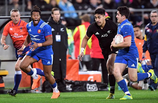 Rugby Union - June Internationals - New Zealand vs France - Westpac Stadium, Wellington, New Zealand - June 16, 2018 - Anthony Belleau of France runs away from Reiko Ioane of New Zealand. REUTERS/Ross Setford