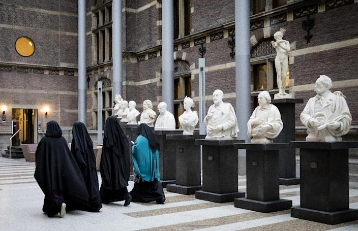 Dutch approval follows similar bans imposed in Austria, Belgium, France and Germany and comes amid rising tensions in Europe with Islamic communities (AFP Photo/STR)
