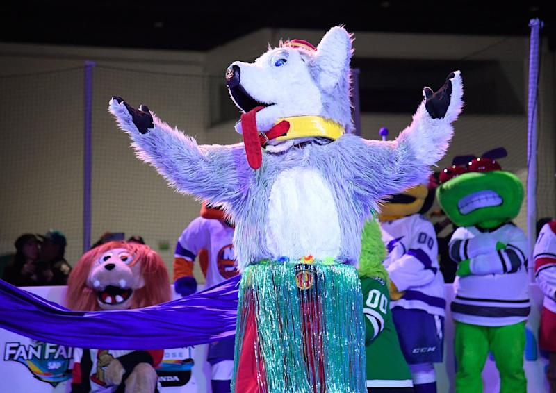 Harvey the Hound of the Calgary Flames at the 2019 NHL All-Star Fan Fair in San Jose, California. (Photo: Brian Babineau via Getty Images)