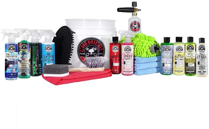 Chemical Guys Arsenal Builder Wash Kit (Photo: Amazon)