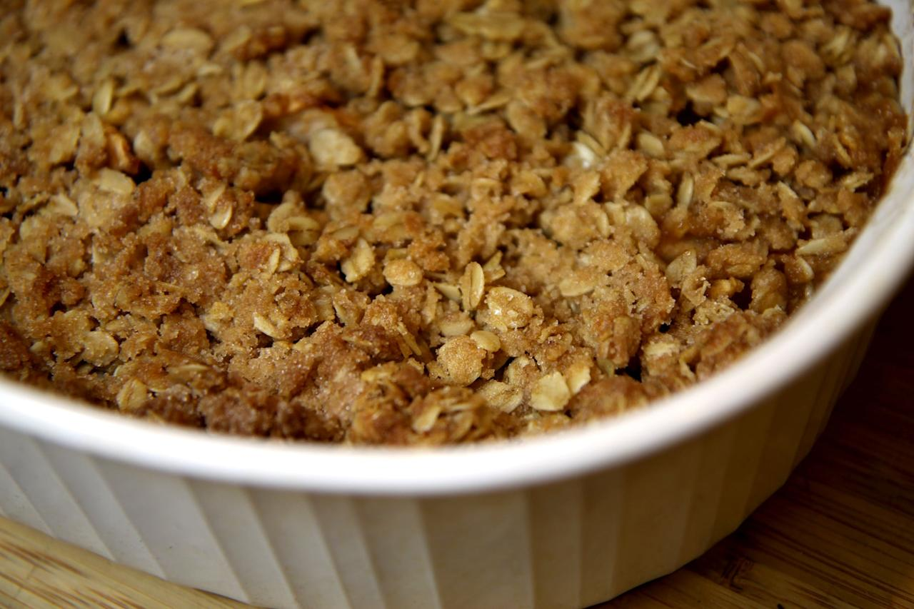 "<p>Don't let the delicious taste fool you - this fruity crisp is 100-percent vegan. Not only does it have less fat and cholesterol than similar desserts made with butter, but it's also <a href=""https://www.popsugar.com/fitness/What-Happens-When-You-Eat-Apple-Every-Day-44651485"" class=""ga-track"" data-ga-category=""Related"" data-ga-label=""https://www.popsugar.com/fitness/What-Happens-When-You-Eat-Apple-Every-Day-44651485"" data-ga-action=""In-Line Links"">rich in fiber</a> and has a crunchy, raw-sugar-sweetened topping.</p> <p><strong>Get the recipe:</strong> <a href=""https://www.popsugar.com/fitness/Healthy-Recipe-Apple-Pear-Oatmeal-Crisp-5911359"" class=""ga-track"" data-ga-category=""Related"" data-ga-label=""https://www.popsugar.com/fitness/Healthy-Recipe-Apple-Pear-Oatmeal-Crisp-5911359"" data-ga-action=""In-Line Links"">apple pear oatmeal crisp</a></p>"