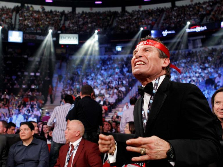 """Mexican boxing legend Julio Cesar Chavez said on Friday he had been mugged by armed robbers in Mexico City, and he slammed mounting violence that has recently plagued the capital.""""I've just been the victim of a robbery, with a pistol to my head, my watch and chain were snatched. There's no question your life can be gone in a second,"""" the 57-year-old Chavez wrote on Twitter. """"The insecurity in Mexico City is enough to make you weep.""""Chavez did not provide more details on the incident, aside from suggesting that a companion was also robbed.Via Twitter, the Mexico City attorney general's office asked Chavez to get in contact with authorities about the incident.Mexico is currently suffering from record murder levels that have made the capital, long regarded as a relatively safe haven, increasingly prone to outbreaks of violent crime.Problems with security were under the spotlight this week when two Israeli men were gunned down inside an upmarket Mexico City shopping mall in an apparent gangland hit.A former world champion at three different weight divisions, Chavez during his prime was considered one of the best pound-for-pound fighters in the sport. He is widely held to be one of the greatest Mexican boxers of all time.Reuters"""