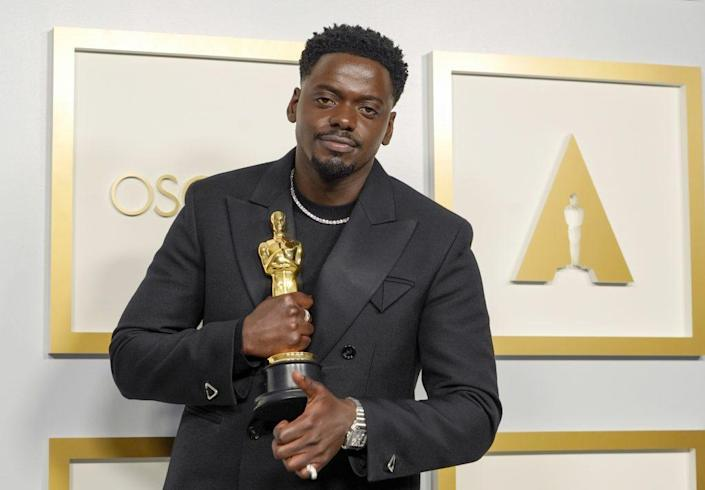 """Daniel Kaluuya, winner of Actor in a Supporting Role for """"Judas and the Black Messiah"""", poses in the press room during the 93rd Annual Academy Awards at Union Station on April 25, 2021 in Los Angeles, California. (Photo by Chris Pizzello-Pool/Getty Images)"""