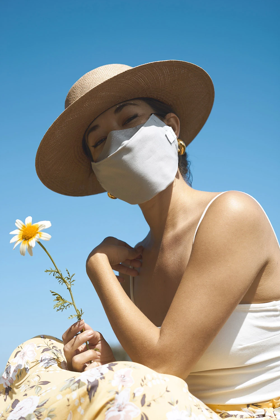 """<h3><a href=""""https://fave.co/2W4Tzjb"""" rel=""""nofollow noopener"""" target=""""_blank"""" data-ylk=""""slk:Graf Lantz Anshin Organic Cotton Face Mask"""" class=""""link rapid-noclick-resp"""">Graf Lantz Anshin Organic Cotton Face Mask</a></h3><br>All Graf Lantz masks have been handmade in Los Angeles from premium-quality, 100% organic cotton twill. The fabric is eco-friendly and sustainably processed throughout dyeing and finishing. <br><br><strong>Graf Lantz</strong> Anshin Organic Cotton Face Mask - Ear Band, $, available at <a href=""""https://go.skimresources.com/?id=30283X879131&url=https%3A%2F%2Fgraf-lantz.com%2Fproducts%2Fanshin-organic-cotton-face-mask-ear-band-1"""" rel=""""nofollow noopener"""" target=""""_blank"""" data-ylk=""""slk:Graf Lantz"""" class=""""link rapid-noclick-resp"""">Graf Lantz</a>"""