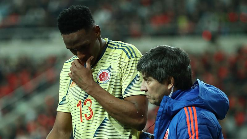 Silva angry at Colombia after Mina returns to Everton with hamstring injury
