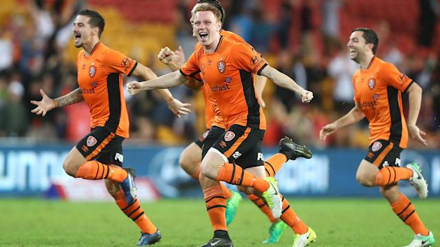 Jamie Young came on as a substitute in extra-time and earned Brisbane Roar a penalty shoot-out win over 10-man Western Sydney Wanderers.