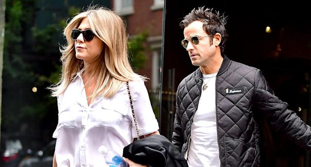 Jennifer Aniston and Justin Theroux seen on the streets of Manhattan in 2016. (Photo: James Devaney/GC Images)