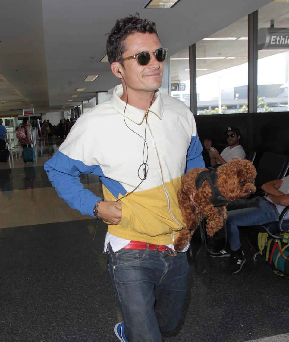 Photo by: STRF/STAR MAX/IPx 2017 6/15/17 Orlando Bloom is seen at LAX Airport in Los Angeles, CA.