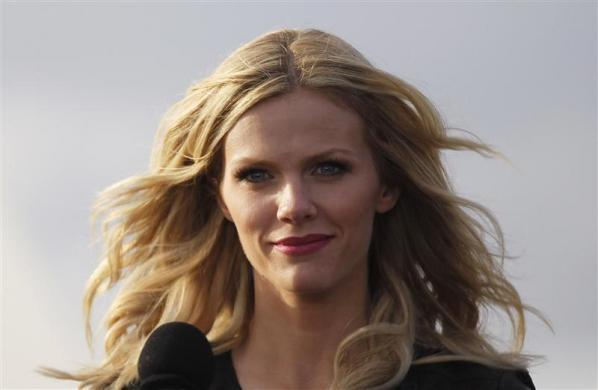 "Brooklyn Decker attends a news conference to promote the film ""Battleship"" atop a flight deck of aircraft carrier USS George Washington at Yokosuka port, south of Tokyo April 2, 2012."