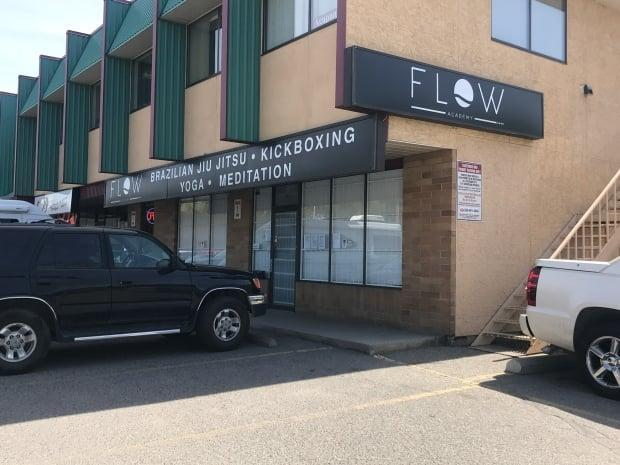 Kelowna, B.C., martial arts studio Flow Academy was forcefully shut down by the Interior Health authority on Tuesday due to non-compliance with public health orders. (Brady Strachan/CBC - image credit)