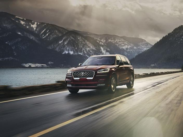 2020 Lincoln Aviator.