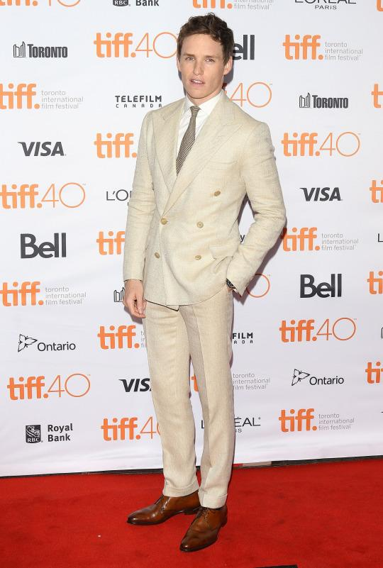 <p>Redmayne might be the only dude who can out-Gatsby Gatsby. On anyone else, this double breasted cream suit might look stiff and too 'old money.' On E.R., it looks like I want to tear it off. Rawr. <i>(Photo: Getty)</i></p>