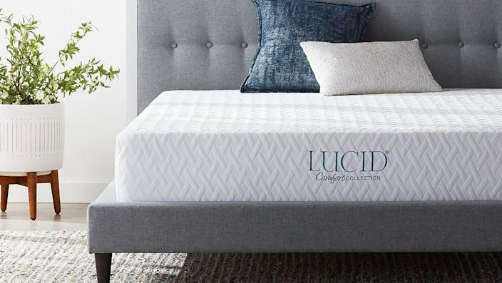 Score deep discounts on home essentials at Overstock this weekend.