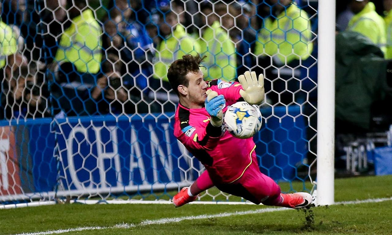 Danny Ward shootout heroics push Huddersfield past Sheffield Wednesday