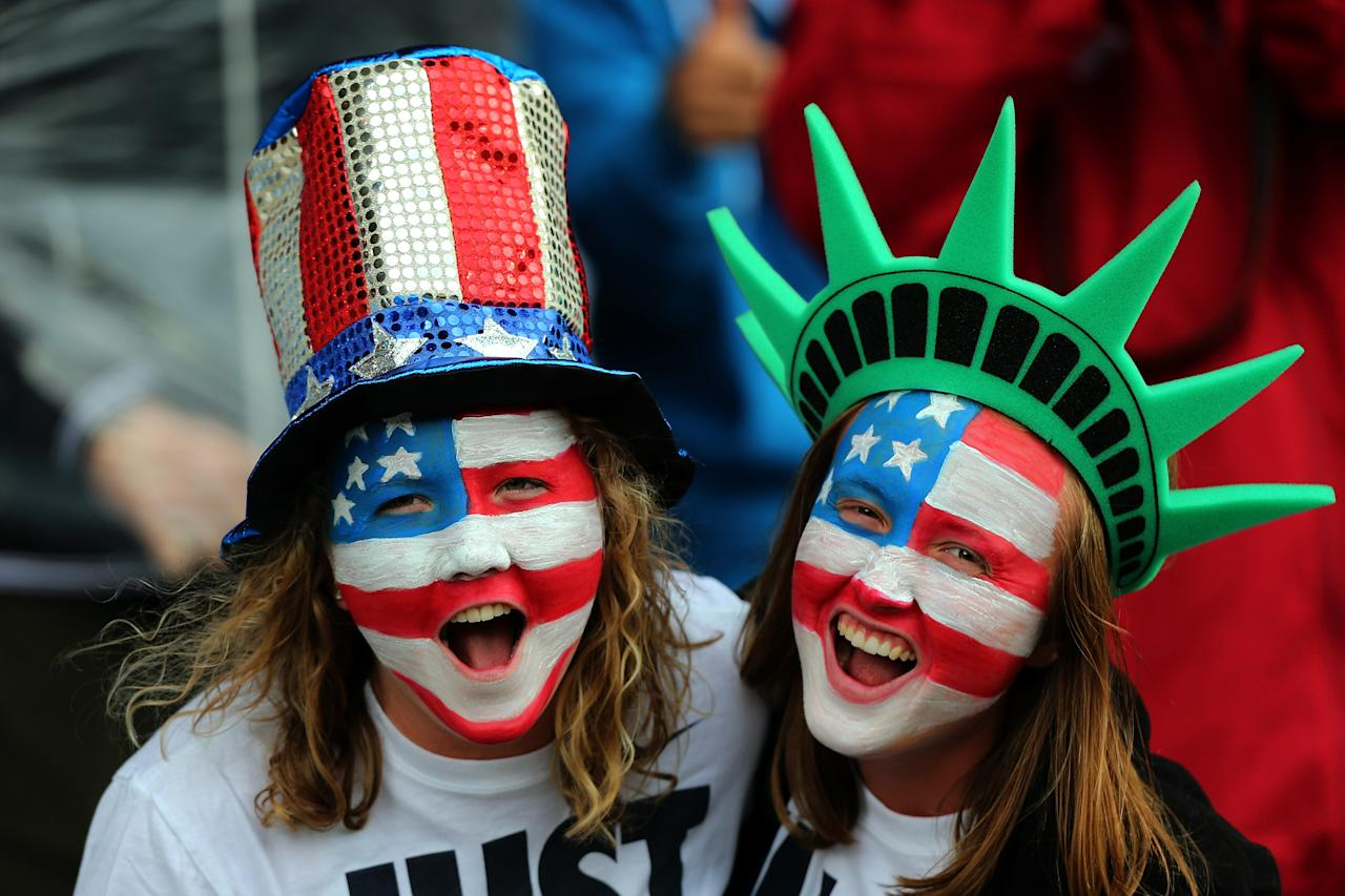 GLASGOW, SCOTLAND - JULY 28: USA fans cheer during the Women's Football first round Group G match between United States and Colombia on Day 1 of the London 2012 Olympic Games at Hampden Park on July 28, 2012 in Glasgow, Scotland.  (Photo by Stanley Chou/Getty Images)
