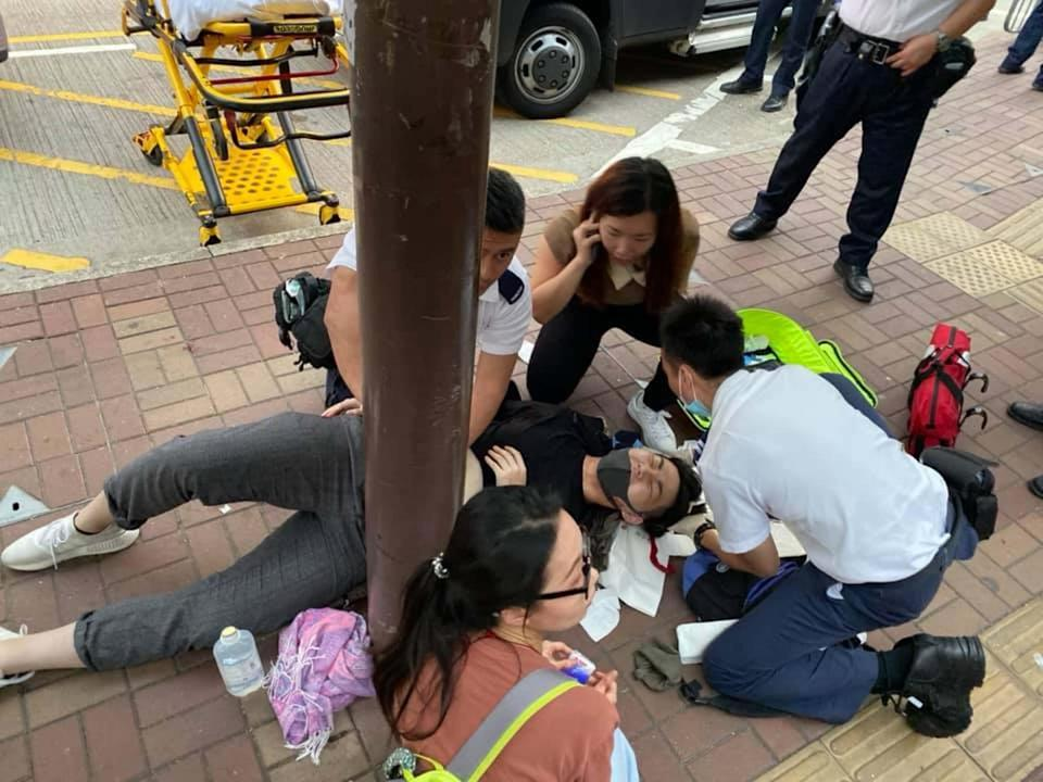 The injured student outside Tai Po Market MTR station. Photo: Facebook.