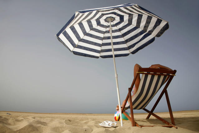 A beach umbrella doesn't seem like a dangerous projectile, but it can be. (Photo: Getty Images)