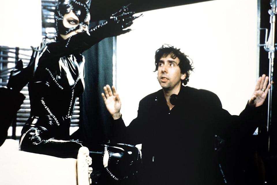 Tim Burton directs Michelle Pfeiffer as Catwoman on the set of <em>Batman Returns</em>. (Photo: Warner Bros./courtesy Everett Collection)