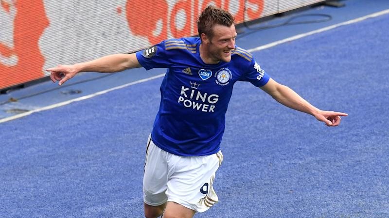Jamie Vardy joins elite club as Leicester get back on track