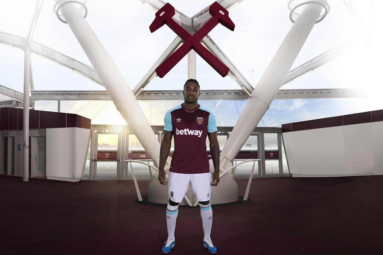Michail Antonio on staying grounded at West Ham: 'I never think I've made it, you can be forgotten in two weeks'