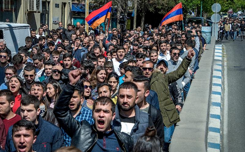 """Some protesters chanted """"Armenia without Serzh"""" and """"Serzh is a liar"""" (AFP Photo/KAREN MINASYAN)"""